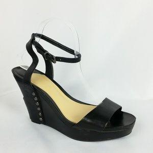 Gianni Bini 9.5M Black Ankle Strap Wedges